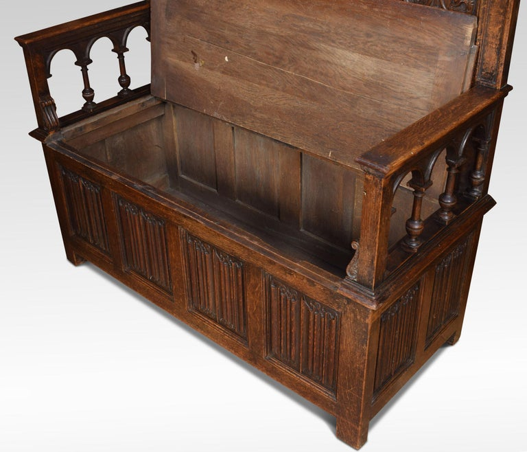 Carved Oak Settle in the 17th Century Style For Sale 2