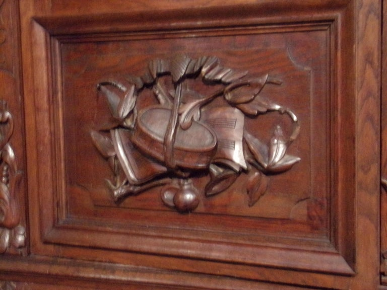 Carved Oak Three Door Bookcase circa 1870 Louis XIII Style For Sale 3