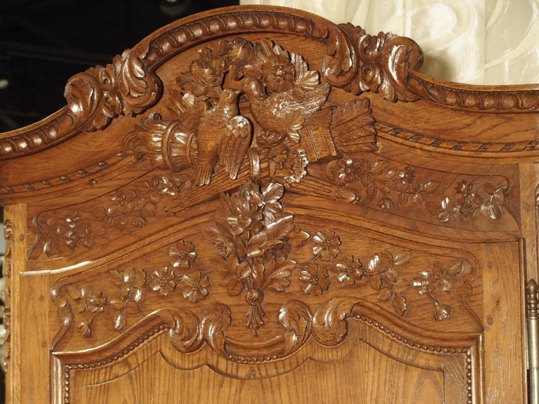 Carved Oak Wedding Cabinet and Chest of Drawers from Normandy, Early 1900s For Sale 6