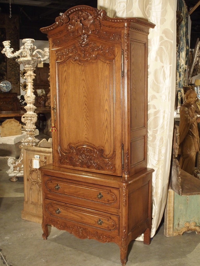 Carved Oak Wedding Cabinet and Chest of Drawers from Normandy, Early 1900s For Sale 11