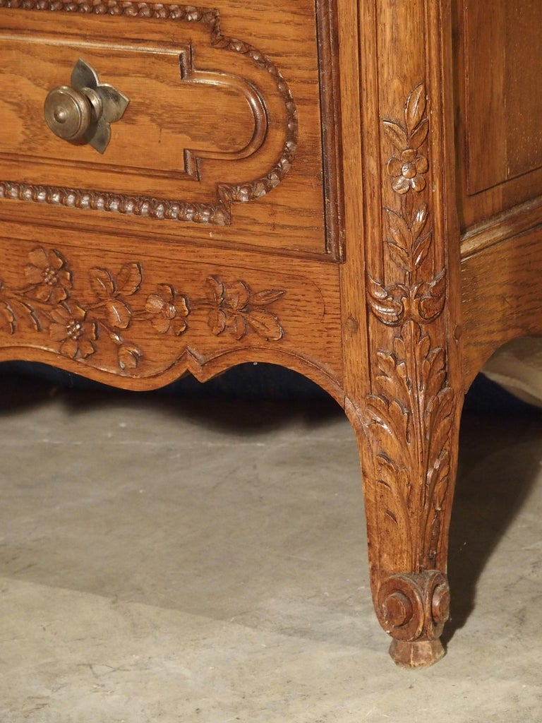 French Carved Oak Wedding Cabinet and Chest of Drawers from Normandy, Early 1900s For Sale