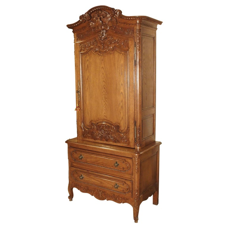 Carved Oak Wedding Cabinet and Chest of Drawers from Normandy, Early 1900s For Sale