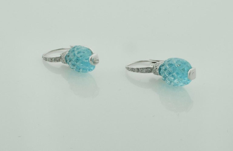 Modern Carved Pineapple Blue Topaz and Diamond Earrings in 18 Karat What Gold For Sale