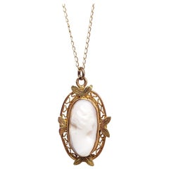 Carved Pink Shell Cameo Pendant Necklace, 10 Karat Gold, 1940s