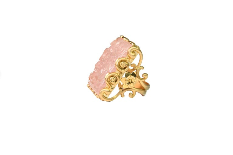 Fine carved gold ring with a rose quartz square carved both side, all the decoration in gold  is made by hand and reproduce flowers and naturalistic design. 18kt gold gr 13,10. All Giulia Colussi jewelry is new and has never been previously owned or