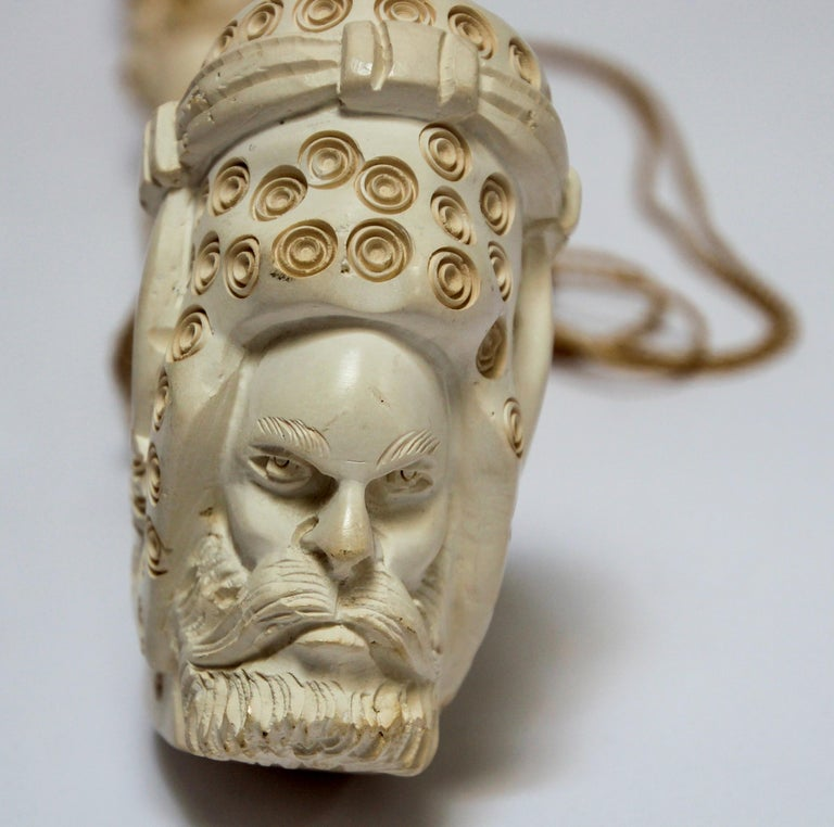 Carved Turkish Figural Meerschaum Moorish Pipe In Good Condition For Sale In North Hollywood, CA