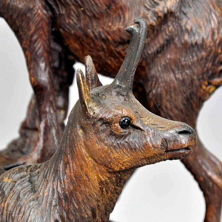 Carved Wood Chamois Group, Austria, circa 1920 In Good Condition For Sale In Berghuelen, DE