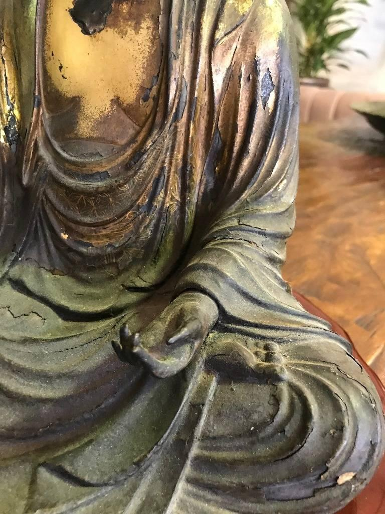 Carved Wood & Gilt-Lacquered Sculpture of Seated Japanese Buddha 'Amida Nyorai' In Good Condition For Sale In Studio City, CA