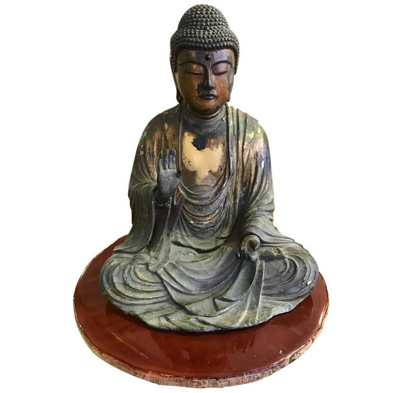 Carved Wood & Gilt-Lacquered Sculpture of Seated Japanese Buddha 'Amida Nyorai' For Sale
