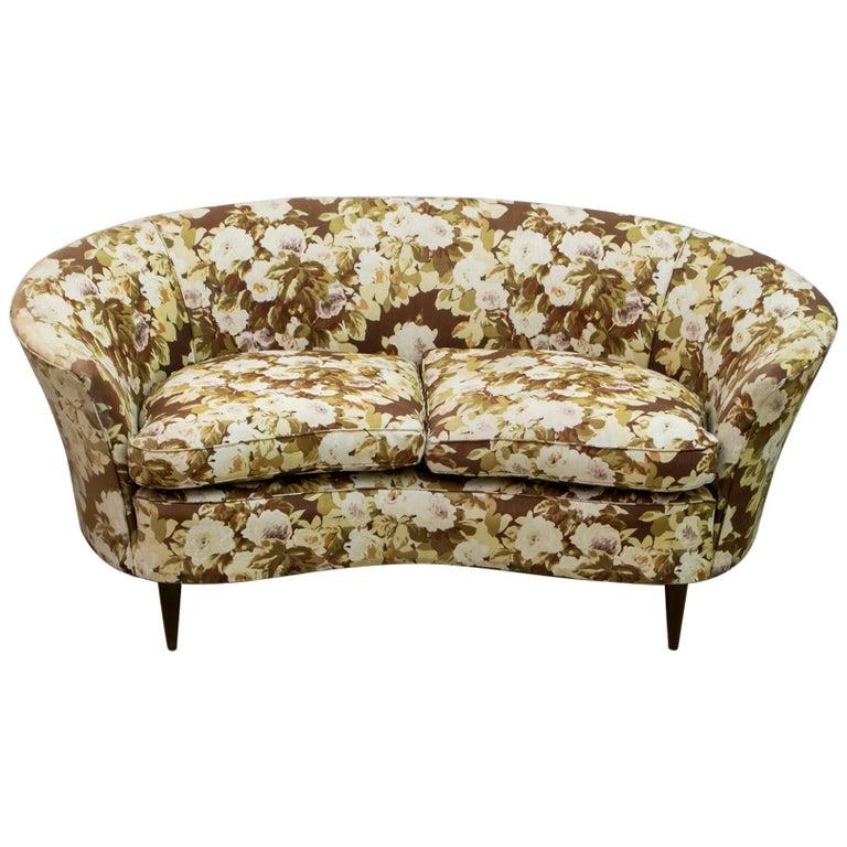 Casa e Giardino Mid-Century Modern Italian Small Sofa, 1950s For Sale