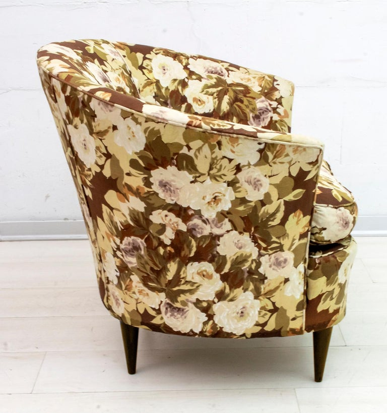 Casa e Giardino Mid-Century Modern Italian Small Sofa Two Small Armchairs For Sale 6