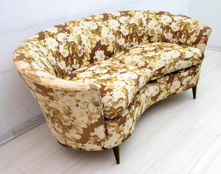 Casa e Giardino Mid-Century Modern Italian Small Sofa Two Small Armchairs For Sale 1