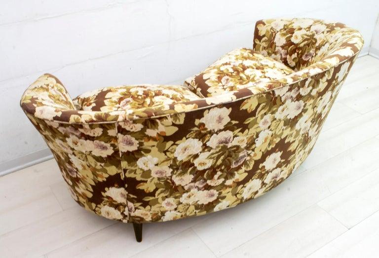 Casa e Giardino Mid-Century Modern Italian Small Sofa Two Small Armchairs For Sale 2