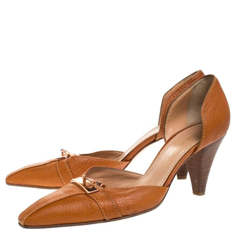 Casadei Brown Leather Padlock Detail Half D'orsay Pumps Size 37.5 For Sale 1