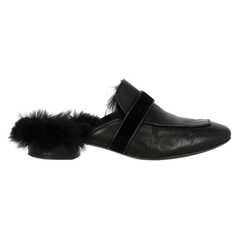Casadei Woman Slippers Black Leather IT 37.5 For Sale