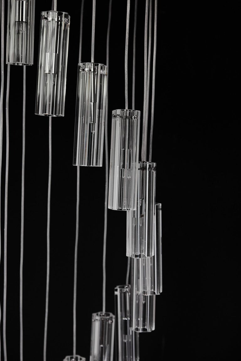Cascading Glass Pendant Chandelier In Good Condition For Sale In Atlanta, GA