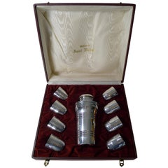 Cased French Art Deco Cocktail Shaker Set by St. Medard, Paris, circa 1940