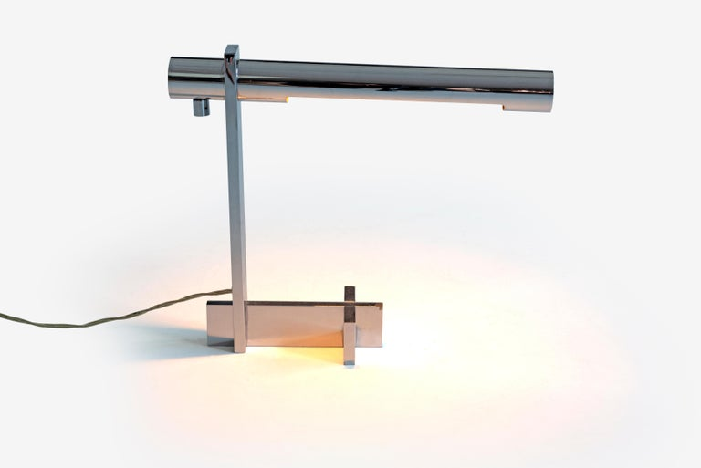 Mid-Century Modern Casella Desk or Table Lamp For Sale
