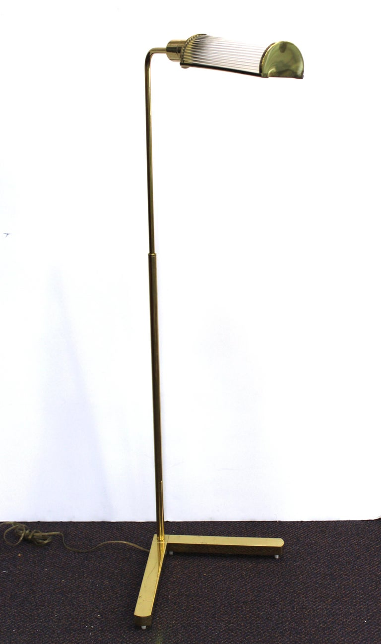 Casella Modern Brass Floor Lamp with Glass Rod Shade In Good Condition For Sale In New York, NY
