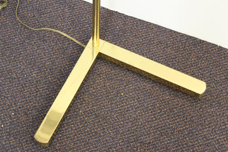 Late 20th Century Casella Modern Brass Floor Lamp with Glass Rod Shade For Sale