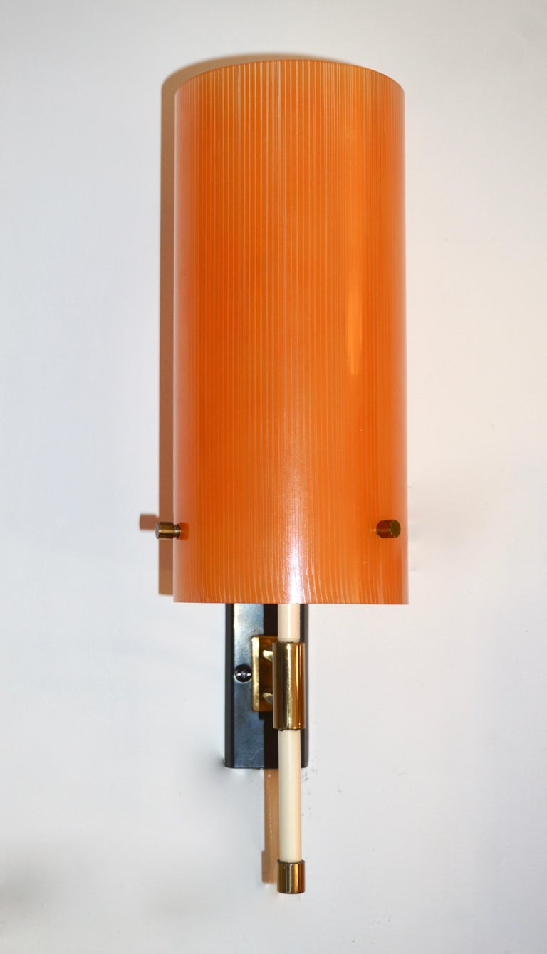 Casey Fantin 1950s Italian Pair of Modernist Orange Striped Glass Wall Lights For Sale 2