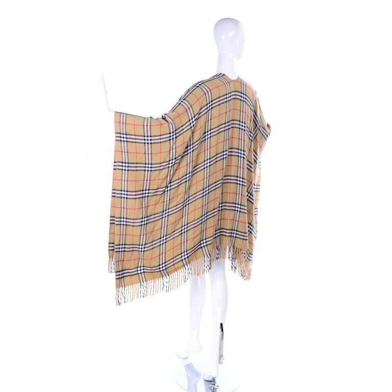 Cashmere Wool Blend Burberrys Vintage Nova Check Cape With Fringe For Sale 1