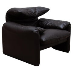 """Cassina Brown Leather Lounge Chair """"Maralunga"""" by Vico Magistretti for Cassina"""