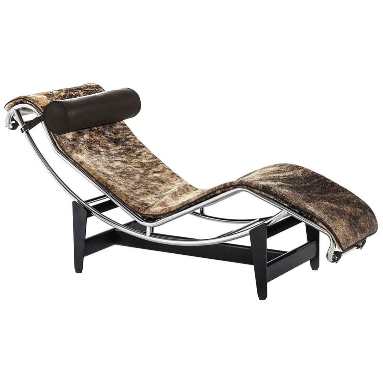 Italian Cassina LC4 Pampas Chaise Lounge, Pad in Pampas Hair, Brown Leather Headroll For Sale