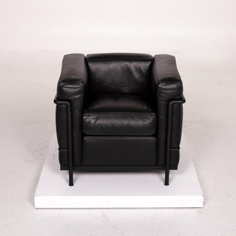 Cassina Le Corbusier LC 2 Leather Armchair Black 4