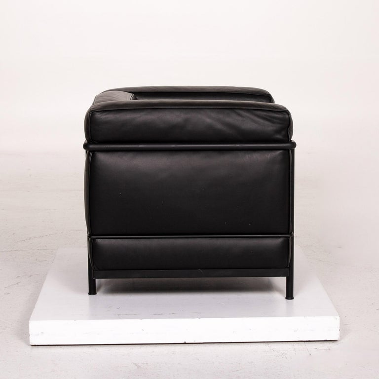 Cassina Le Corbusier LC 2 Leather Armchair Black 5