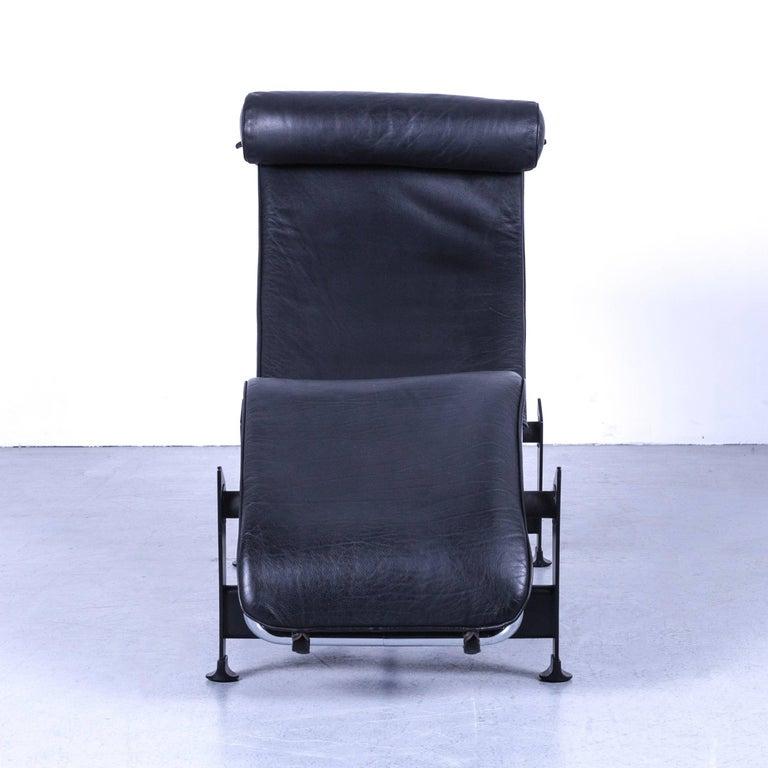 Cassina Le Corbusier LC 4 Chaise Lounge by Le Corbusier, Black ...