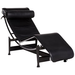 Cassina Le Corbusier LC 4 Leather Lounger Black Relaxing Function