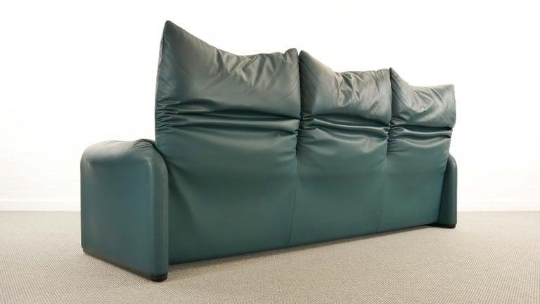 Cassina Maralunga 3-Seat Sofa by Vico Magistretti in Petrol-Darkgreen Leather For Sale 4