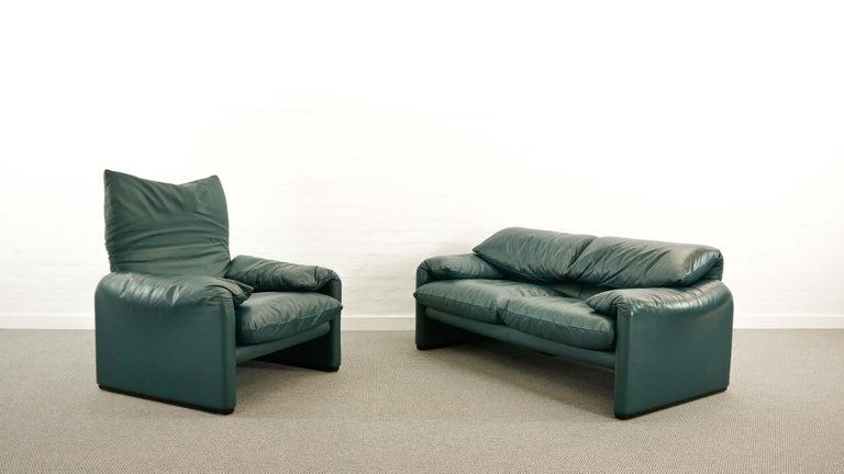 Cassina Maralunga 3-Seat Sofa by Vico Magistretti in Petrol-Darkgreen Leather For Sale 5
