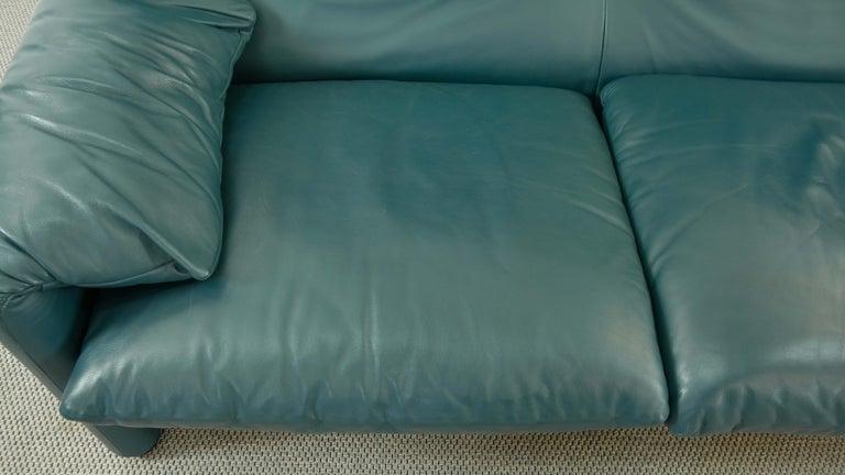 Cassina Maralunga 3-Seat Sofa by Vico Magistretti in Petrol-Darkgreen Leather For Sale 6