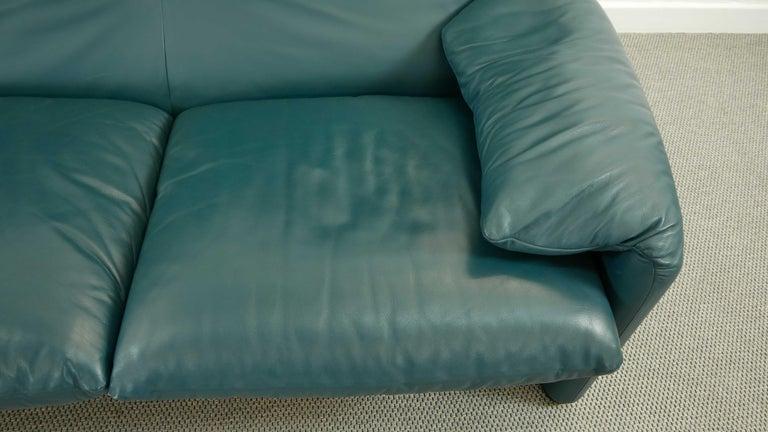 Cassina Maralunga 3-Seat Sofa by Vico Magistretti in Petrol-Darkgreen Leather For Sale 8