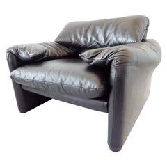 Cassina Maralunga Black Leather Lounge chair