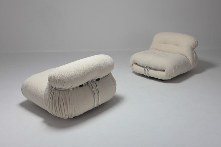 Cassina 'Soriana' Lounge Chairs by Afra and Tobia Scarpa in Bouclé Wool In Excellent Condition For Sale In Antwerp, BE