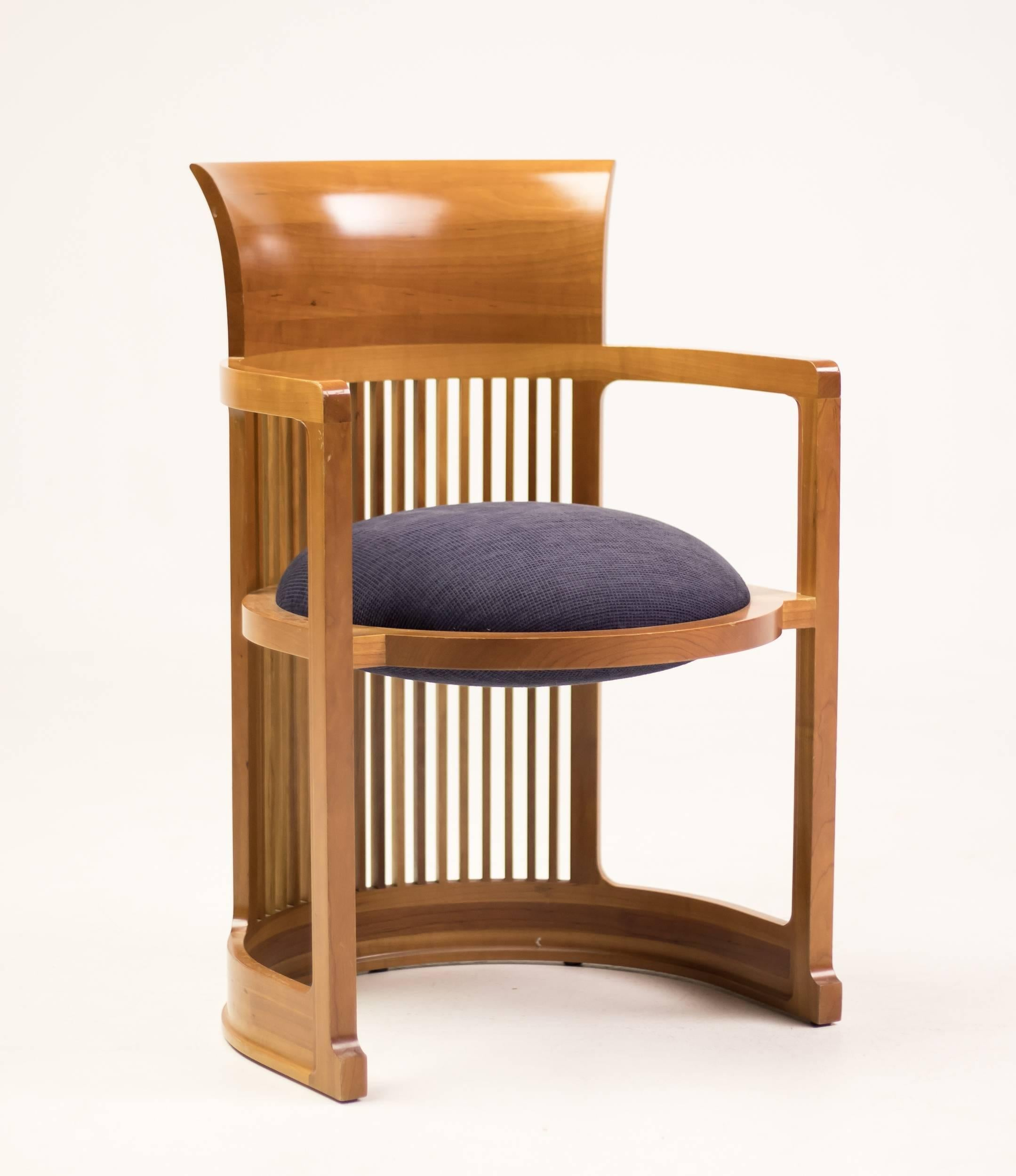 Cina Taliesin Dining Table And Barrel Chairs Designed By Frank Lloyd Wright For At 1stdibs