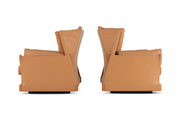 Cassina 'Viola d'amore' Armchairs by Piero Martini In Good Condition For Sale In Antwerp, BE