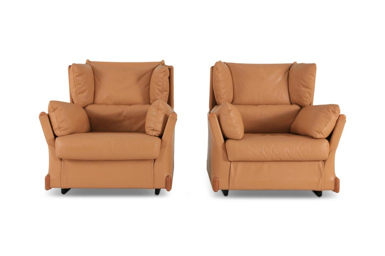 20th Century Cassina 'Viola d'amore' Armchairs by Piero Martini For Sale