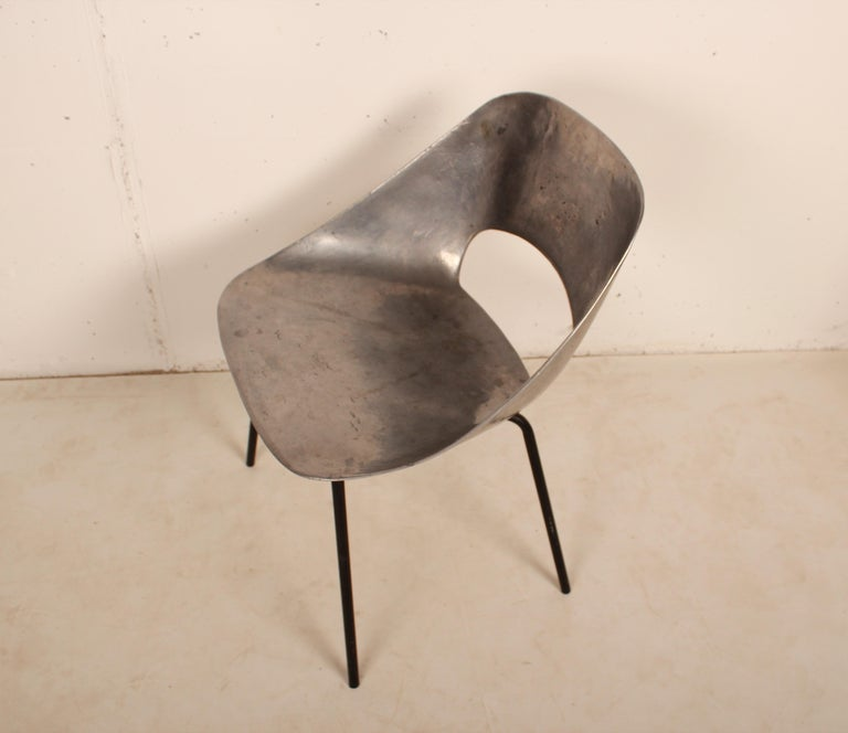 Cast Aluminium Tulip Chair by Pierre Guariche for Steiner, France, 1954 For Sale 3