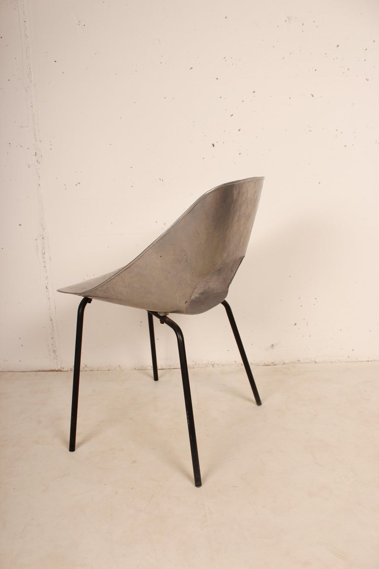 French Cast Aluminium Tulip Chair by Pierre Guariche for Steiner, France, 1954 For Sale