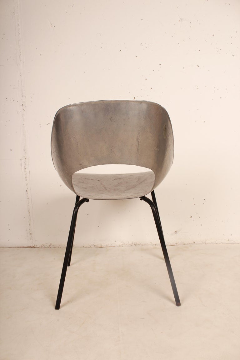 Cast Aluminium Tulip Chair by Pierre Guariche for Steiner, France, 1954 In Good Condition For Sale In Santa Gertrudis, Baleares