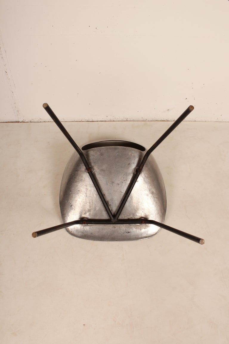 Cast Aluminium Tulip Chair by Pierre Guariche for Steiner, France, 1954 For Sale 2