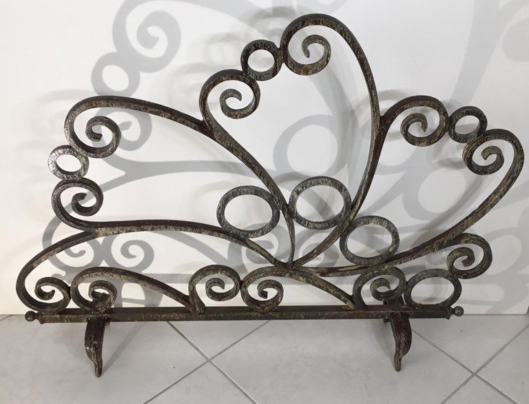 Cast and Wrought Iron Fireplace Screen In Good Condition For Sale In Delray Beach, FL