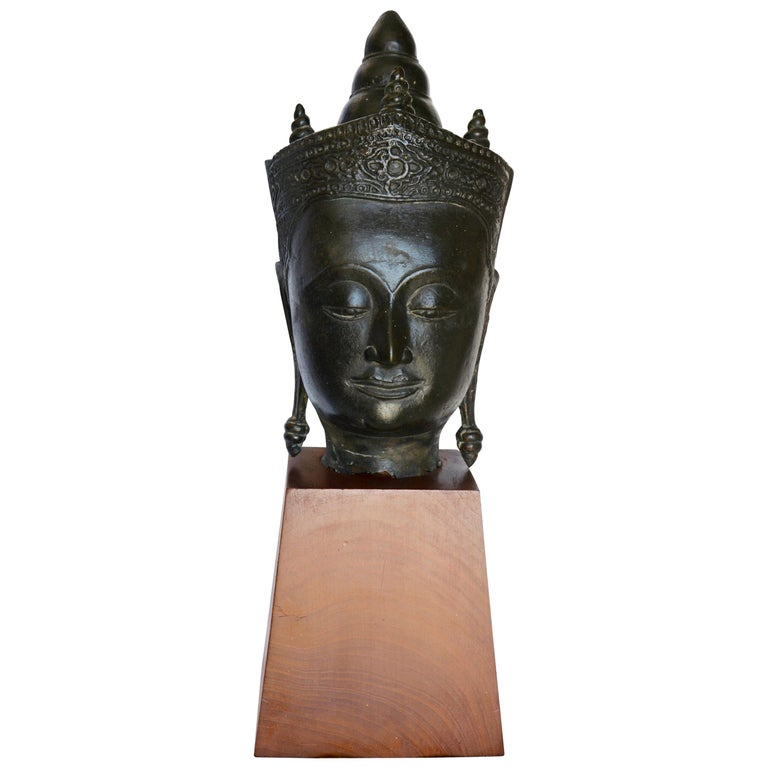 Cast Bronze Bust of Buddha on Wooden Base, Late 18th Century For Sale