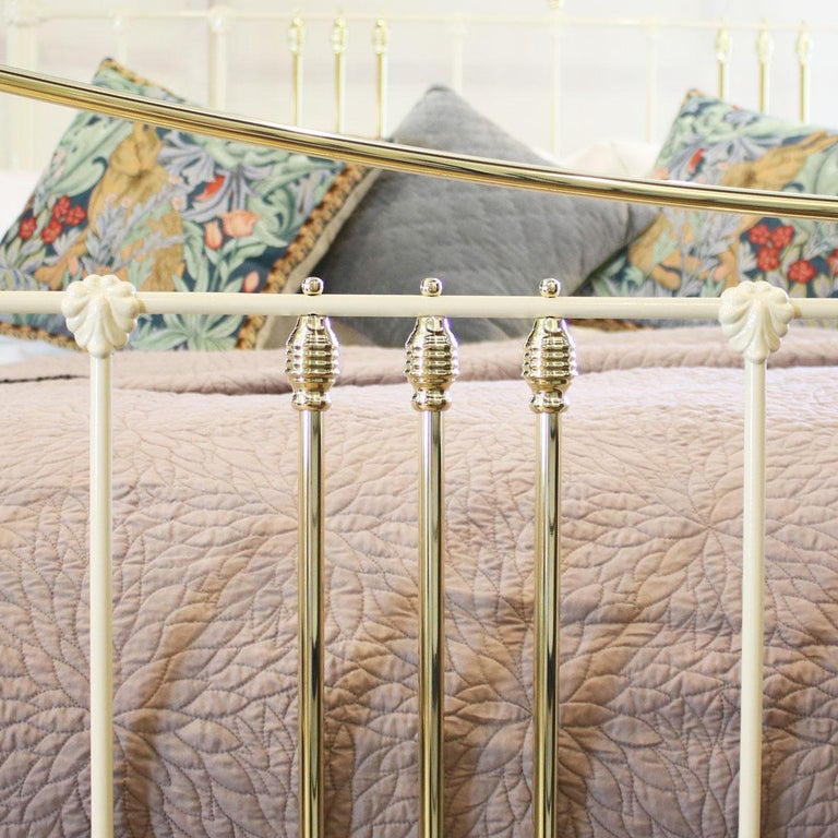 European Cast Iron and Brass Bed in Cream, MSK59 For Sale