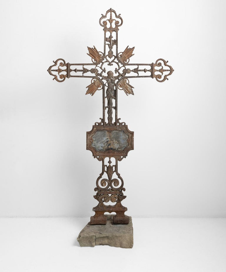 Beautiful cross with beautiful patina and remnants of original paint.