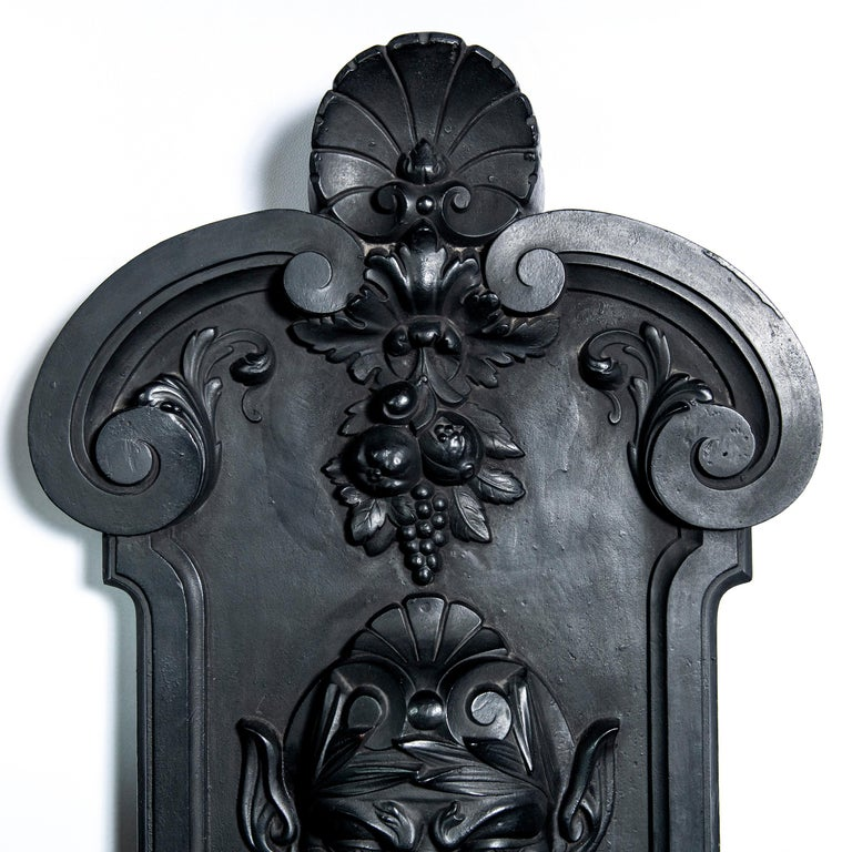 Neoclassical Cast Iron Wall Fountain Signed by Val D´osne, France, Late 19th Century For Sale